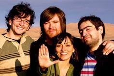 Javiera y Los Imposibles es una banda chilena de pop liderada por Javiera Parra. En sus 20 años de trayectoria, ha sido integrada por una serie de músicos chilenos, y se ha convertido en uno de los pocos grupos de pop chileno que ha logrado la continuidad más allá de un éxito efímero. Canal 13, Posters, Couple Photos, Couples, Bicycle Kick, Composers, Poster, Couple Photography, Couple