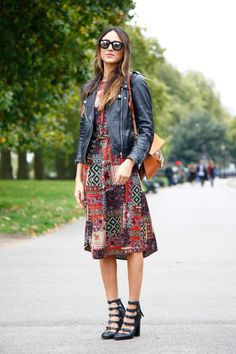 london-fashion-week-day-4-street-style-spring-2016-fashion-show-the-impression-021
