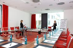 Eines der Konferenz- & Seminarräume / One of the conference and seminar rooms | H4 Hotel Münster