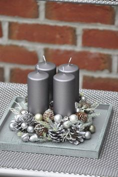 Deco Table Noel, Christmas Decorations, Table Decorations, Winter Christmas, Centerpieces, Candle Holders, Wreaths, Candles, Home Decor