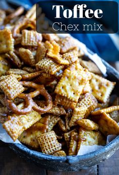 Toffee Chex Mix is a sweet and salty wonder! The Chex mix is coated with a sweet and salty toffee coating for the perfect dessert or snack. Trail Mix Recipes, Snack Mix Recipes, Appetizer Recipes, Dessert Recipes, Cooking Recipes, Fall Snack Mixes, Cereal Recipes, Candy Recipes, Fudge