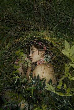 Alexandra Sophie - The burial (Fashion)