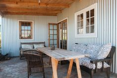 Fisherman's Cottage - Houses for Rent in Cape Town - Get $25 credit with Airbnb if you sign up with this link http://www.airbnb.com/c/groberts22