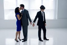 White Collar - Peter kissing his wife with Neal handcuffed to him... :)  I have that hat and wear it often!