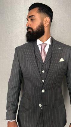Gentleman Style 693202567627124828 - Source by bricout_d Indian Men Fashion, Mens Fashion Suits, Mens Suits, Blazer Outfits Men, Men Blazer, Dapper Gentleman, Gentleman Style, Burgundy Suit, Designer Suits For Men