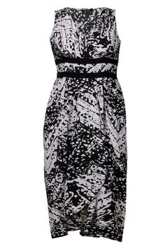 Black and white mono print tulip hem dress dress plus size 16,18,20,22,24,26,28,30,32