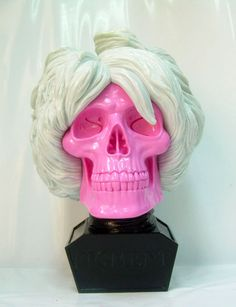 Ron English Andy Warhol - The Ron English Andy Warhol bust is the latest work to come from the very talented artist. Known for making unusual figures, Ron English has done. Vanitas Vanitatum, Lowbrow Art, Creative Skills, Vinyl Art, Vinyl Toys, Andy Warhol, Skull Art, Wow Products, Art Music