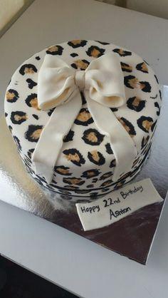 Leopard cake