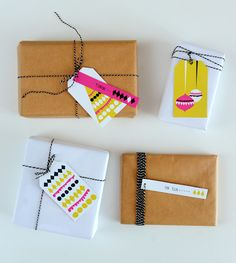 Original gift packs thanks to PRINTABLE GIFT TAGS downloaded for free...