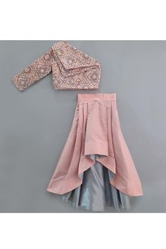 Wedding Dresses For Kids, Party Wear Indian Dresses, Designer Party Wear Dresses, Stylish Dresses For Girls, Dresses Kids Girl, Baby Girl Dress Design, Girls Frock Design, Kids Frocks, Frocks For Girls