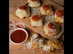 You're Not Living Until You've Had These Chicken Parmesan Pizza Rolls