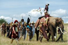 Hannibal et Scipion… La Trébie, le lac Trasimène, Cannes, Zama… autant de noms qui font rêver tous les reconstituteurs et amateurs d'antiquité et qui ont marqué la seconde guerre punique, qui a changé à jamais l'histoire du bassin méditérannéen. Si les légionnaires du Haut-Empire, les celtes de la période de l'indépendance sont maintenant bien connus du public grâce au travail de nombreux groupes de reconstitution, la période républicaine est bien moins réprésentée…