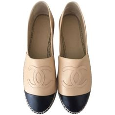 Pre-owned Chanel Beige/black Espadrilles Us5.5 Eu36 Flats ($899) ❤ liked on Polyvore featuring shoes, flats, chanel footwear, pre owned shoes, black espadrilles, espadrille flats and kohl shoes: