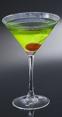 Fake Food Green Apple Martini Condensated Fake Food, Bar Drinks, Food Items, Martini, Apple, Canning, Tableware, Green, Apple Fruit