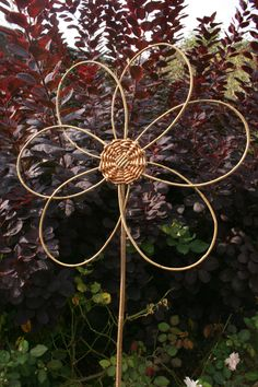 Woven willow flower project; included in book: Willow Craft 10 Simple Projects