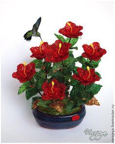 Купить Гибискус из бисера - гибискус из бисера, композиция из бисера, цветы из бисера, подарок на любой случай