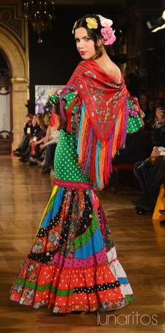 Pol Núñez Simof 2015 Spanish Costume, Spanish Dress, Spanish Dancer, Flamenco Party, Flamenco Costume, Flamenco Dancers, Larp Fashion, Boho Fashion, Fashion Outfits