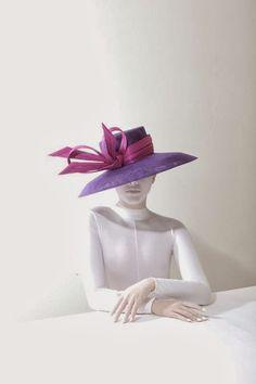 Hats Have It Philip Treacy Hats, Races Style, Race Wear, Crazy Hats, Races Fashion, Wearing A Hat, Love Hat, Classy And Fabulous, Headgear