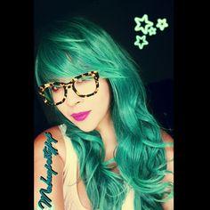 Hermosas pelucas en @abhair_official #latepost #tealhair #tealwig #wig #abhair #mermaidwig #minthair