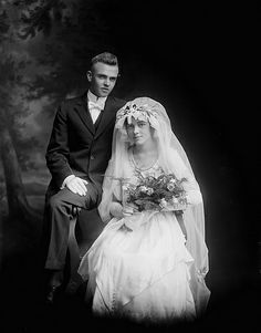 Bridal Couple, Mr and Mrs Edwin A. Olson From the Barden Collection, North Carolina State Archives, Raleigh, NC. Antique Wedding Dresses, Vintage Gowns, Vintage Bridal, Vintage Weddings, Old Wedding Photos, Wedding Pictures, Wedding Couples, Wedding Bride, Free Wedding