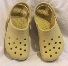 85e170393c57 Crocs US Size 3 Sandals Shoes for Girls