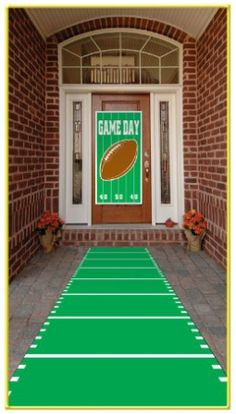 gameday football banner leading to the front door, superbowl party ideas SUPER BOWL Football Banner, Football Themes, Football Birthday, Football Field, Football Season, Football Parties, Superbowl Decor, Football Party Decorations, Football Decor