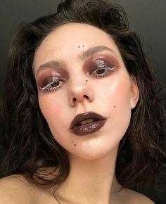 Punk Makeup, New Year's Makeup, Skin Makeup, Makeup Inspo, Makeup Art, Makeup Inspiration, Beauty Makeup, Hair Beauty, Pretty Makeup