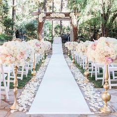 Gorgeous pastel tones 👌🏽. . . . . . @miasolano #weddingdress #bride #couple #weddingplanning #weddinginspiration #inspiration #style…