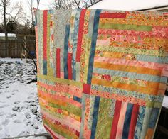 quirky granola girl: Adapted Jelly Roll Quilt (now titled the Four Corners Quilt) Scrappy Quilt Patterns, Jelly Roll Quilt Patterns, Jellyroll Quilts, Cute Quilts, Easy Quilts, Quilting Tutorials, Quilting Projects, Sewing Projects, Jelly Roll Sewing