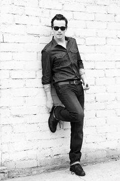 Ian Harding.. Mr. Fitz <3