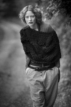 masnada 2011. Perfect model in perfect outfit. NB: knits are definetly seing a come back...
