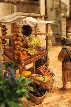 Presepio - the detail is incredible Christmas Nativity Scene, Christmas Bells, Rustic Christmas, Christmas Holidays, Christmas Crafts, Christmas Ornaments, Nativity Scenes, Christmas Villages, Clay Houses