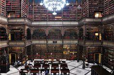Real Gabine Portugues - Biblioteca no Rio de Janeiro