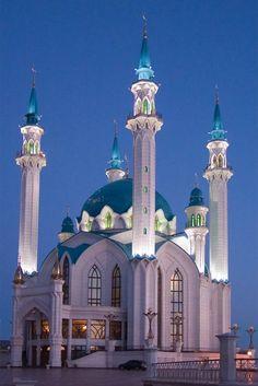 Visit the exquisite Blue Mosque in Istanbul, Turkey. #JetsetterCurator