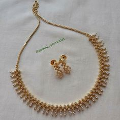 30 Latest Necklace Designs That Are Trending This Year South India Jewels 30 Latest Necklace Designs That Are Trending This Year South India Jewels Latest Necklace Design, Necklace Designs, Cultured Pearl Necklace, Stone Necklace, Gold Necklace, Diamond Necklaces, Gold Jewellery Design, Gold Jewelry, Latest Gold Jewellery
