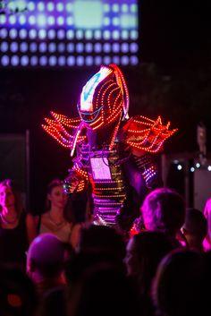 Beim #Stadtzauber erwecken Straßenkünstler Träume zum Leben, sie bringen Jedermann zum Staunen und Lachen.  #Festival #Strassenkunst #Highlight Concert, Laughing, City, Recital, Concerts, Festivals