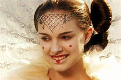 This has got to be one of my favorite photos of Natalie Portman!   (Natalie Portman as Queen Amidala in Star Wars The Phantom Menace)