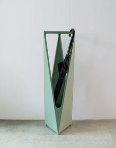 傘立て/TRIANGLE umbrella stand   PORT Umbrella Holder, Umbrella Stands, Diy Storage, Decoration, Design Projects, Home Accessories, Triangle, Hardware, Steel