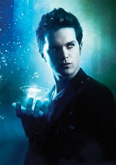 2.Thomas Dekker As Christopher Chris Perry Halliwell-Wyatt