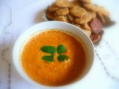 SPLENDID LOW-CARBING          BY JENNIFER ELOFF: ROASTED PEPPER, TOMATO AND CHEDDAR SOUP