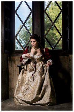 The Borgia ladies. by SomniumDantis.deviantart.com on @deviantART Italian Renaissance gowns