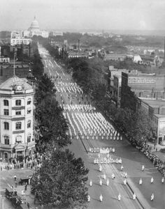 Ku Klux Klan parade on Pennsylvania Ave (Sept. 13, 1926)  Look how far back that stretches...
