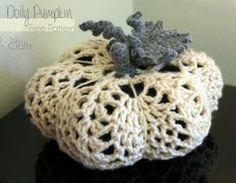 Kit's Crafts - Doily Pumpkin, #FreeCrochetPattern