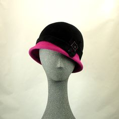 Cloche Hat for Women Vintage Style Flapper Hat Black Fur Felt w Pink Small