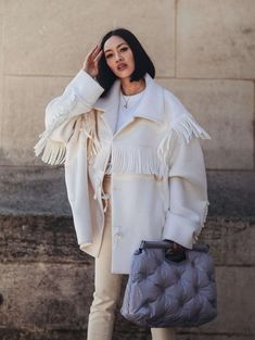 Mode : Tiffany Hsu, la dénicheuse de luxe de Mytheresa - Fashion and Beauty Fashion Week, Fashion Looks, Fashion Outfits, Womens Fashion, Fashion Trends, Fashion Finder, Luxury Fashion, France Mode, Langer Mantel