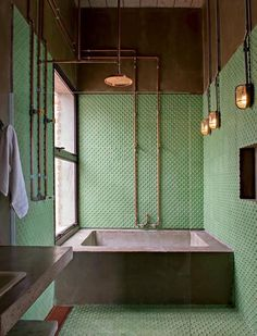 Home Interior Ideas Industrial vintage bathrooms.Home Interior Ideas Industrial vintage bathrooms Vintage Industrial, Industrial Interiors, Industrial Tile, Vintage Modern, Home Vintage, Industrial Showers, Industrial Bathroom Design, Vintage Sink, Industrial Restaurant