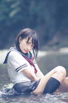 Asian woman in water School Girl Japan, School Girl Outfit, School Uniform Girls, Girls Uniforms, Japan Girl, Cute Asian Girls, Cute Girls, Cool Girl, Beautiful Japanese Girl