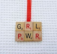 Online dating ornament, board young girls