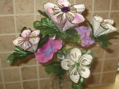 3d paper flowers. Instructions included