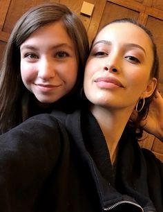 """walkrstalkrcon: #TWDFamily reunion with @kishserratos & @realkatelynnacon at #WSCLondon!"" | Katelyn Nacon (Enid) and Christian Serratos (Rosita Espinosa) from The Walking Dead, March 3, 2017."